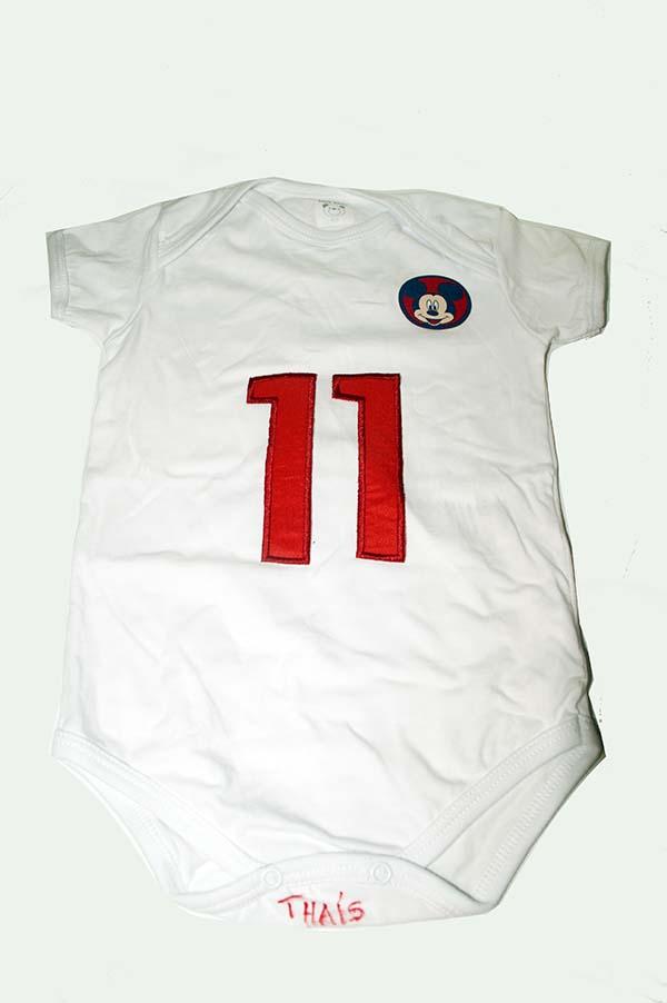 Body personalizado mesversário no cha de bebe